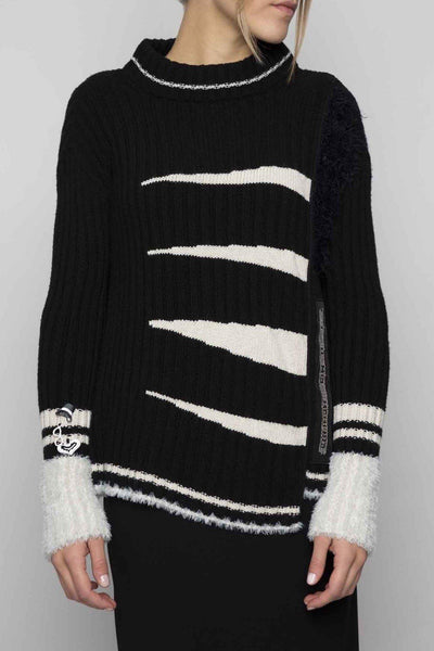 ELISA CAVALETTI RIBBED ARROW PRINT ROUND NECK SWEATER 204010901
