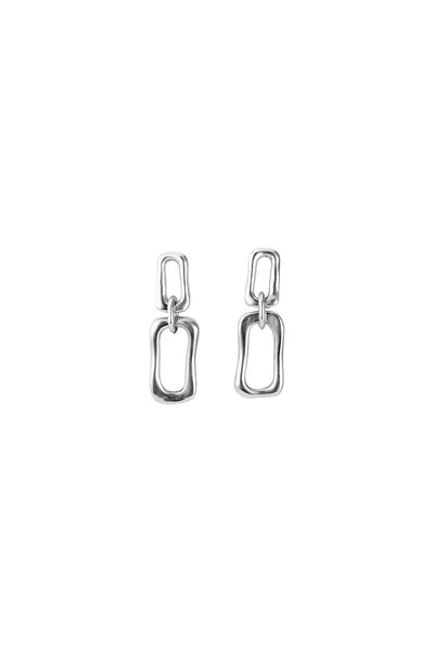 UNO DE 50 TWO LINKED ROUNDED OBLONG SILVER PLATED EARRINGS PEN0595