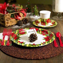 Poinsettia Wreath Premium Heavyweight Dinner Paper Plates 7""