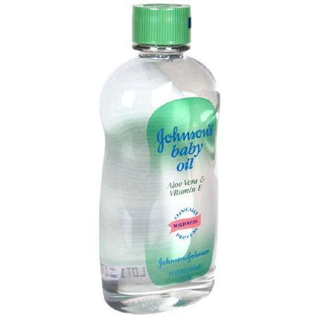 Johnson & Johnson Baby Oil,  with Aloe Vera & Vitamin E, 14 oz