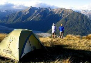 10 Essentials You Need for an Outdoor Trip