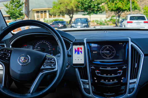 Cadillac SRX  phone mount 2