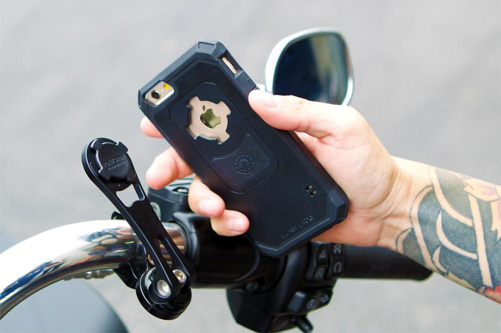 iPhone 8 Plus/7 Plus Pro Series Motorcycle Handlebar Mount Kit - Rokform