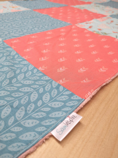 Teepee, corail et turquoise