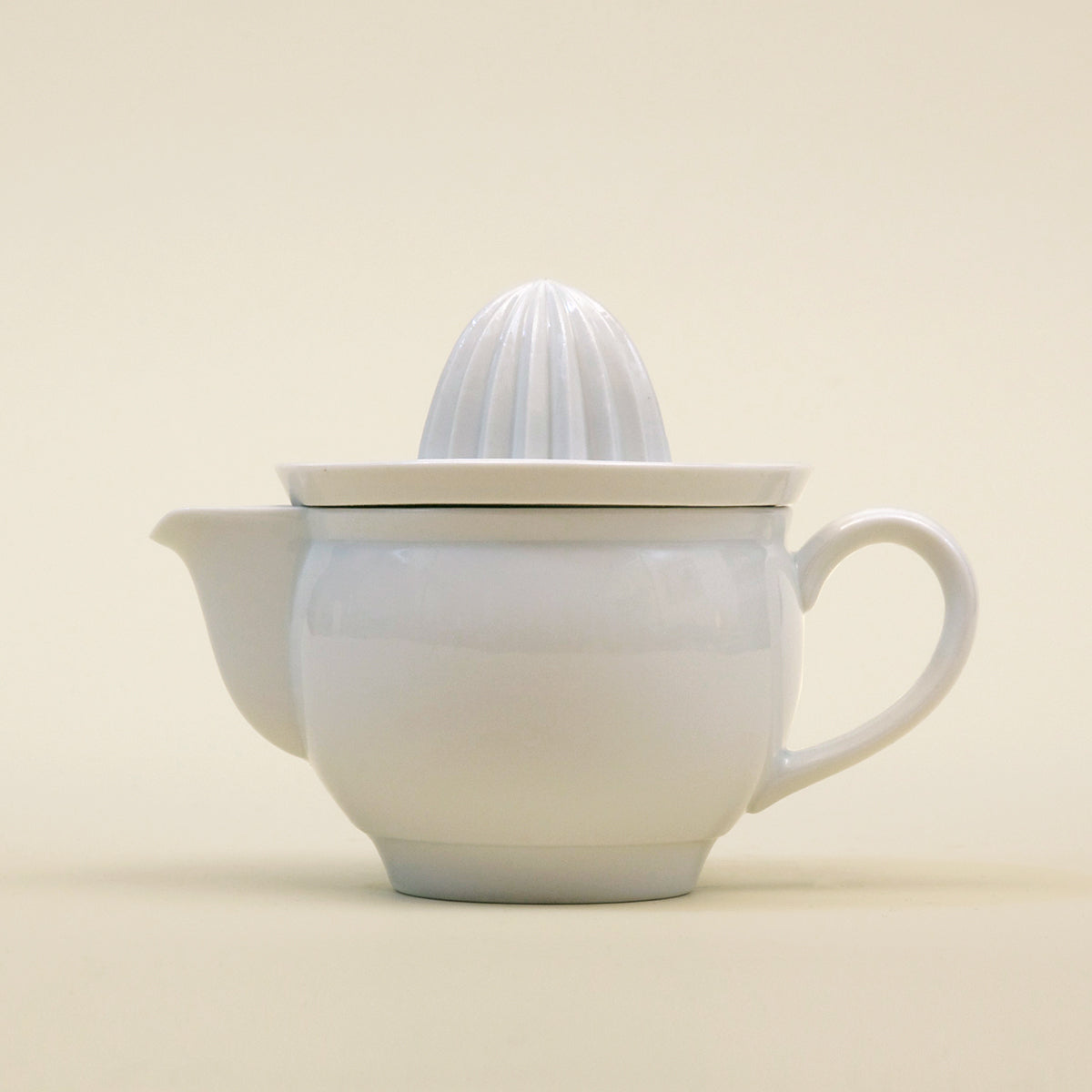 Porcelain Juicer