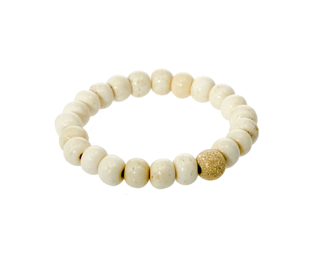 Sisco Berluti Antique White Smooth Round Beaded Bracelet with Gold Stardust Accent
