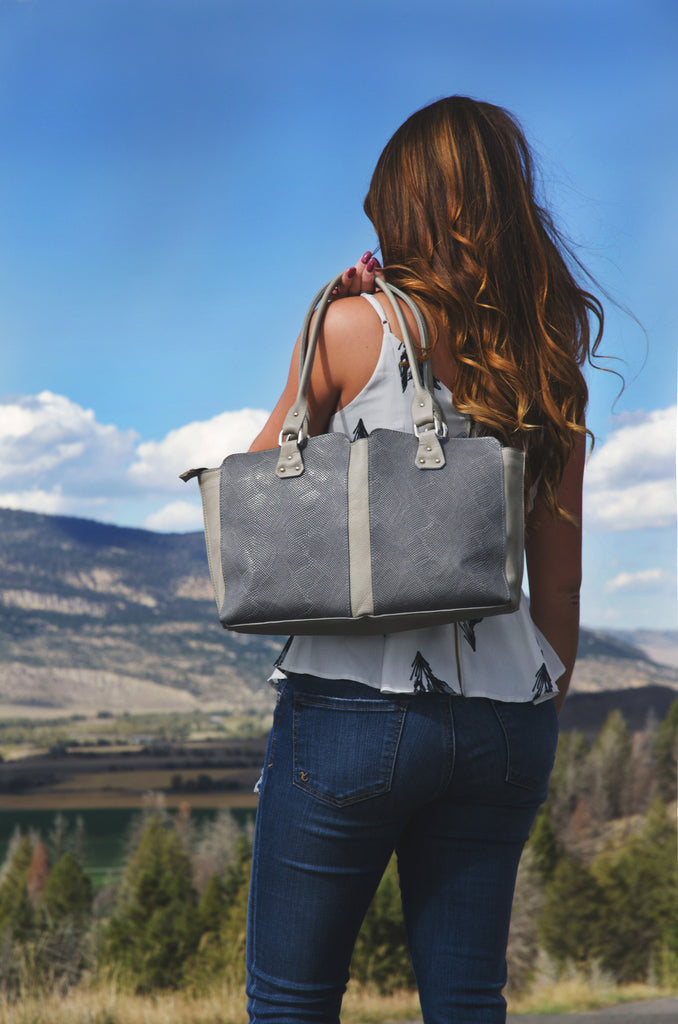 Vin Baker Handbags Lauren: Ash Serpent/Light Gray Sauvage