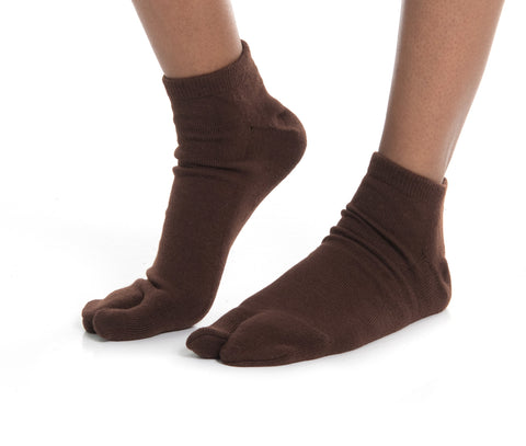 Thicker V-Toe Athletic or Casual Brown Flip-Flop Tabi Socks Cotton Blend Comfortable Stylish - Ankle Socks