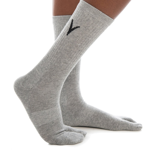 V-Toe Athletic Flip-Flop Tabi Big Toe Crew Socks - Light Gray