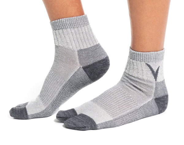 V-Toe Light Grey Wool Casual or Hiking Flip-Flop Tabi Big Toe Chaco Socks