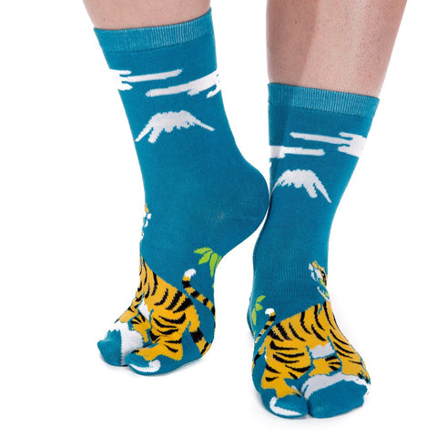 1 Pair - V-Toe Flip Flop Tabi Socks - Tiger Pattern