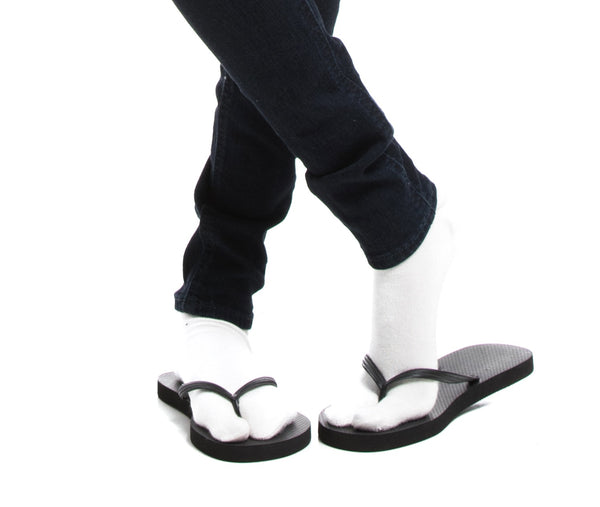 3 Pairs V-Toe 2 White, 1 Black Flip-Flop Tabi Big Toe Crew Socks Comfortable Stylish For Men And Women Fun Socks