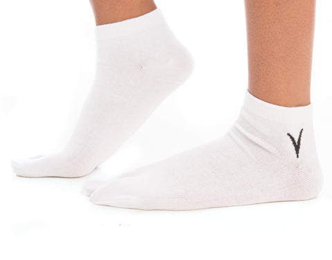 White Ankle Casual V-Toe Flip-Flop Tabi Big Toe Socks