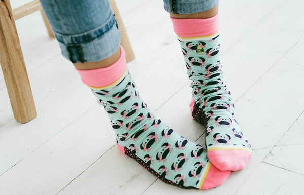 Ladies crazy crab Socks pink and turquoise 407884 woven pear