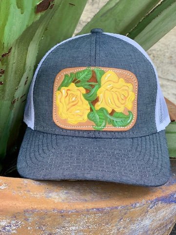 Ladies McIntire Saddlery leather hand painted yellow roses