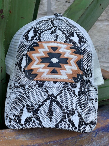Ladies McIntire Saddlery Snake print cap leather aztec patch