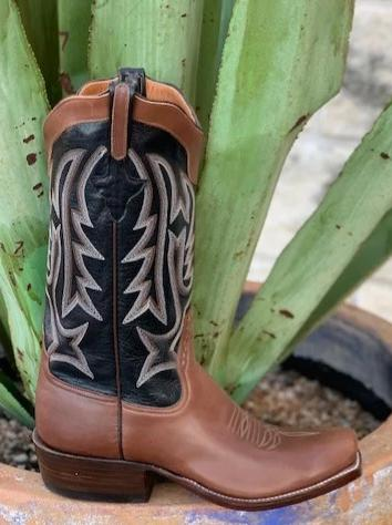 Rios of Mercedes Handmade Brown & black blunt toe boot - 9940k1
