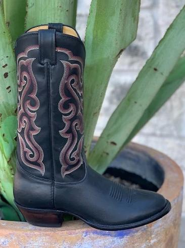 Classic Western Black Cowboy Nocona boots made in the USA - 7MD2704803