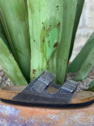 Men's Arizona Birkenstock Charcoal Gray Sandal - 0552801