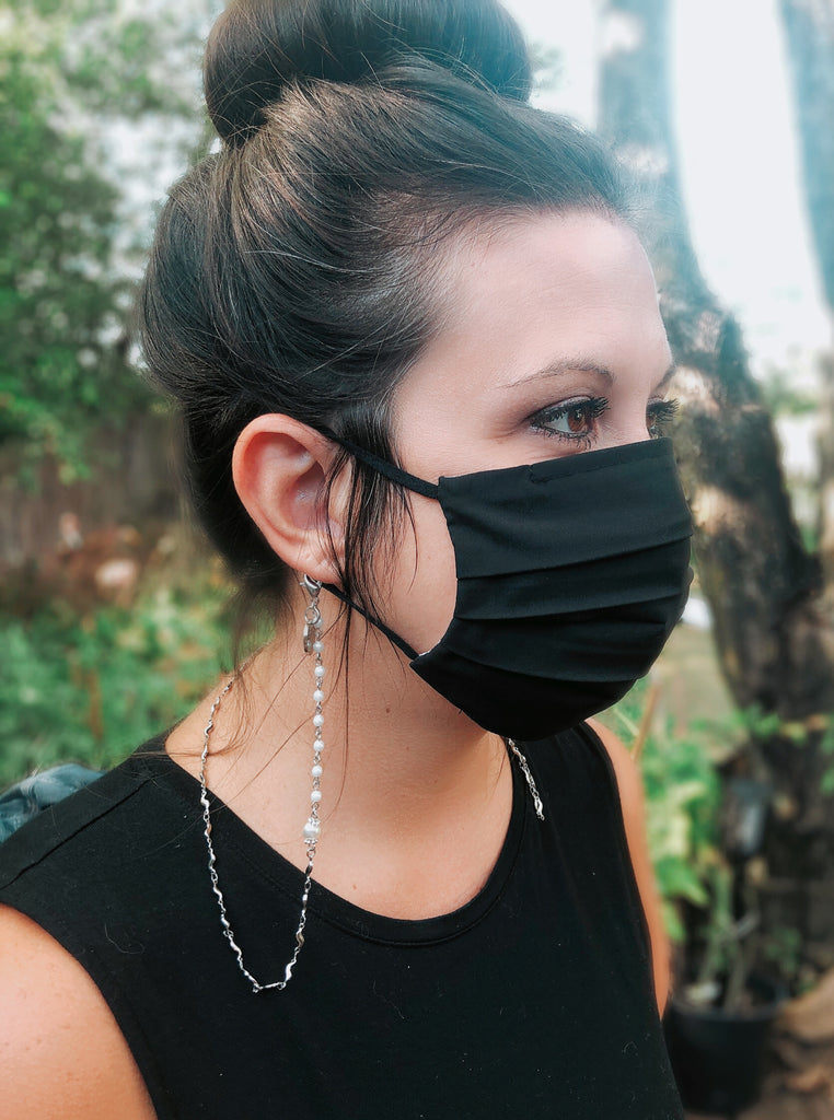 Chiffon Kiss Pearl Chain Mask Holder Lanyard
