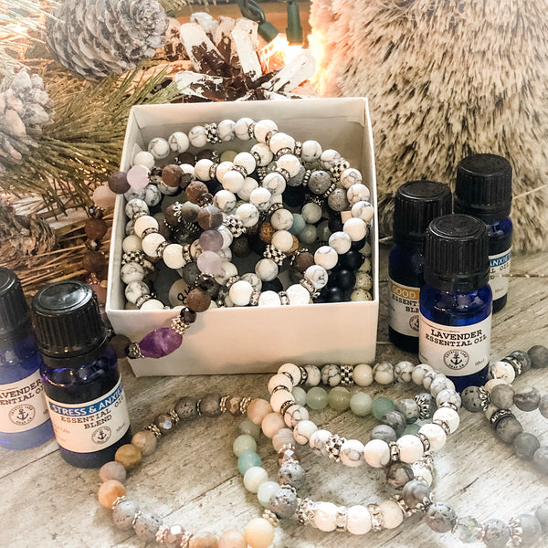 Essential Oils with Lava Bracelet Gift Box