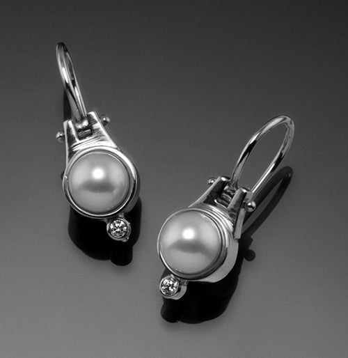14K White Gold 6mm White Pearl Earrings