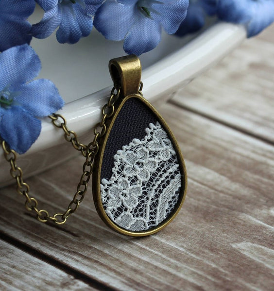 black teardrop pendant