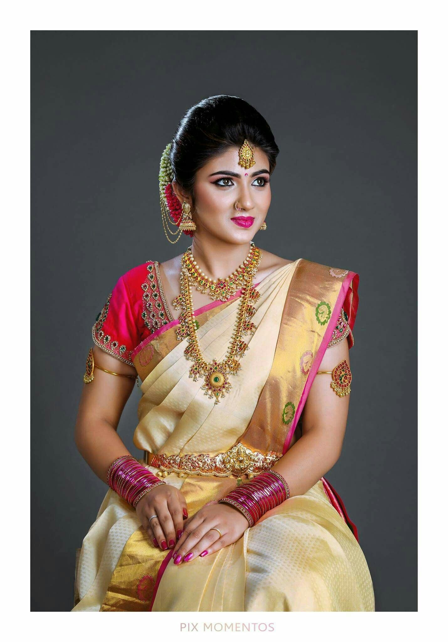 south-indian-white-saree-with-golden-border