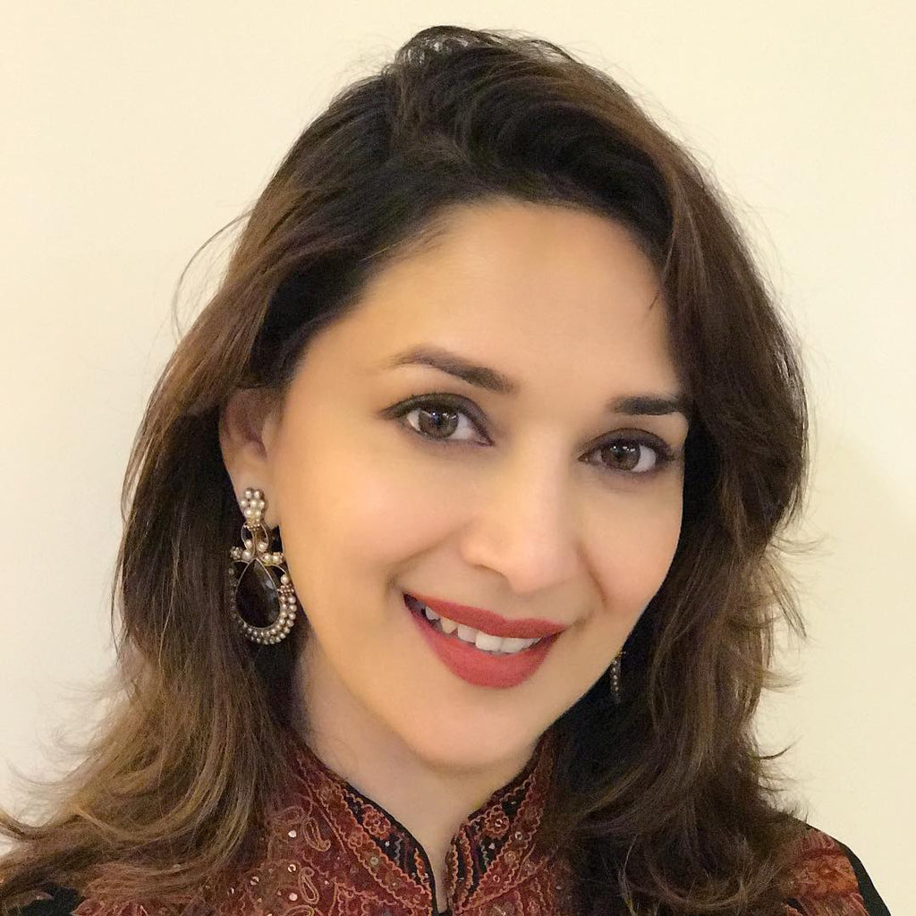 Madhuri Dixit Latest Hairstyle Hairdoes
