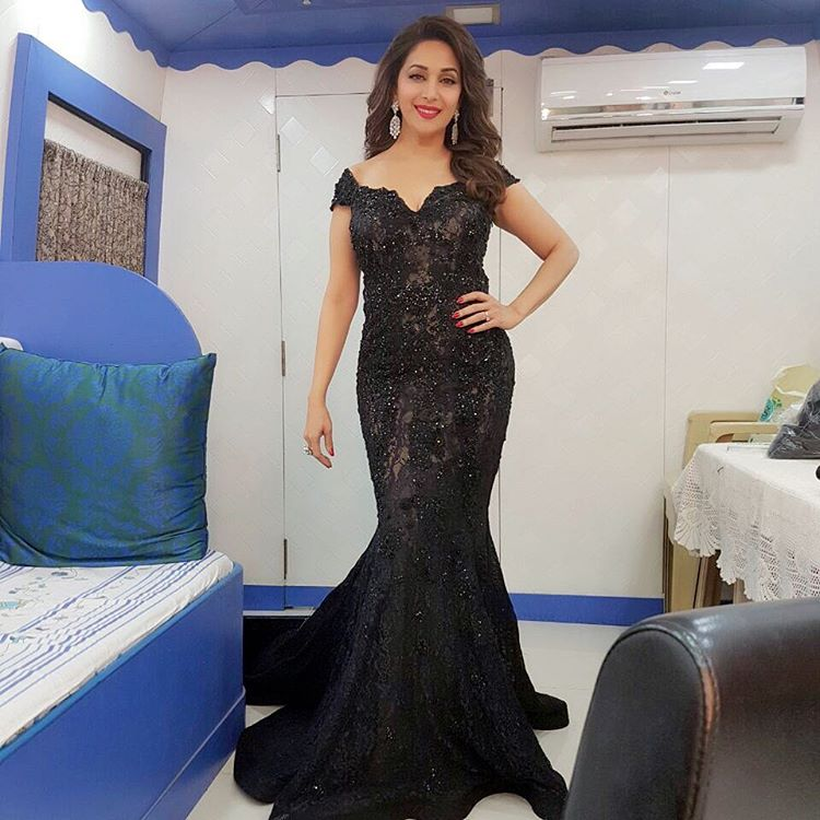 Madhuri Dixit Nene Is Regal Deshi Diva Of B Town Lady India