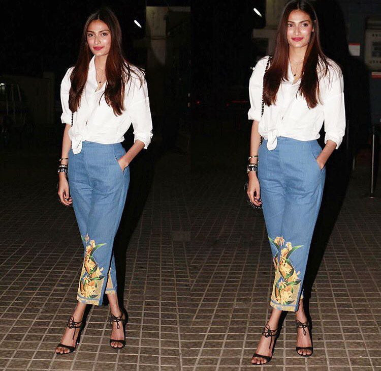 Athiya Shetty in Farah Sanjana jeans & Top Western Wear attend the screening of Akshay Kumar's Jolly LLB 2
