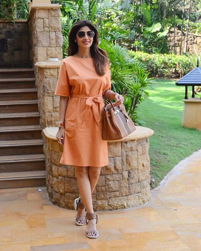 Shilpa Shetty monotone look in this Jigsaw dress with Dolce Vita Tan wedges