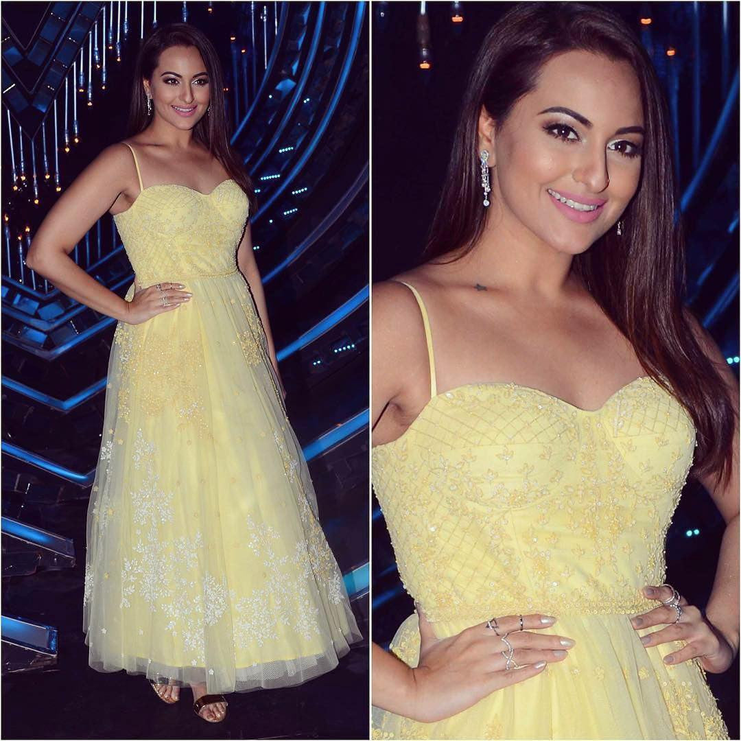 Sonakshi Sinha Looked Like A Princess In Anita Dongre's Designer Gown On The Sets Of Nach Baliye