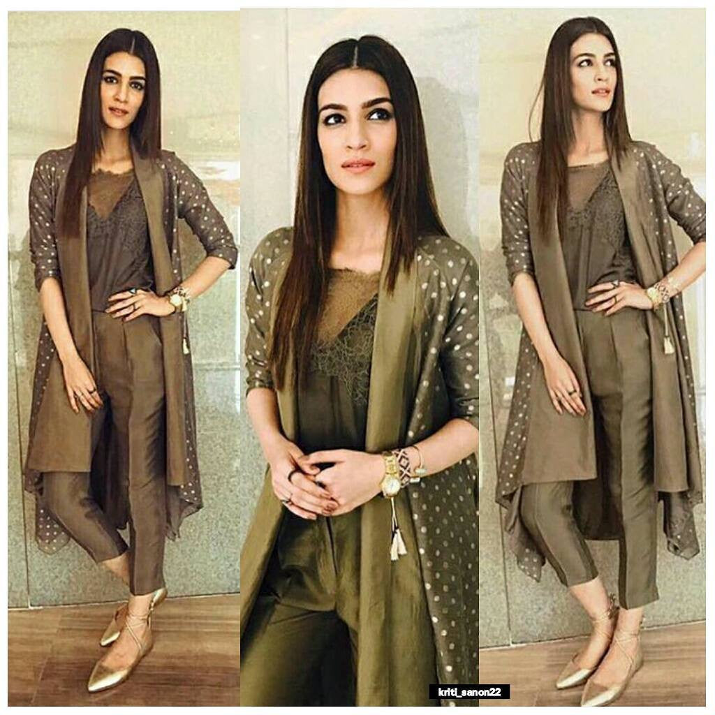 "Kriti Sanon In Avni Bhuva At ""Rabta"" Promotion Event"