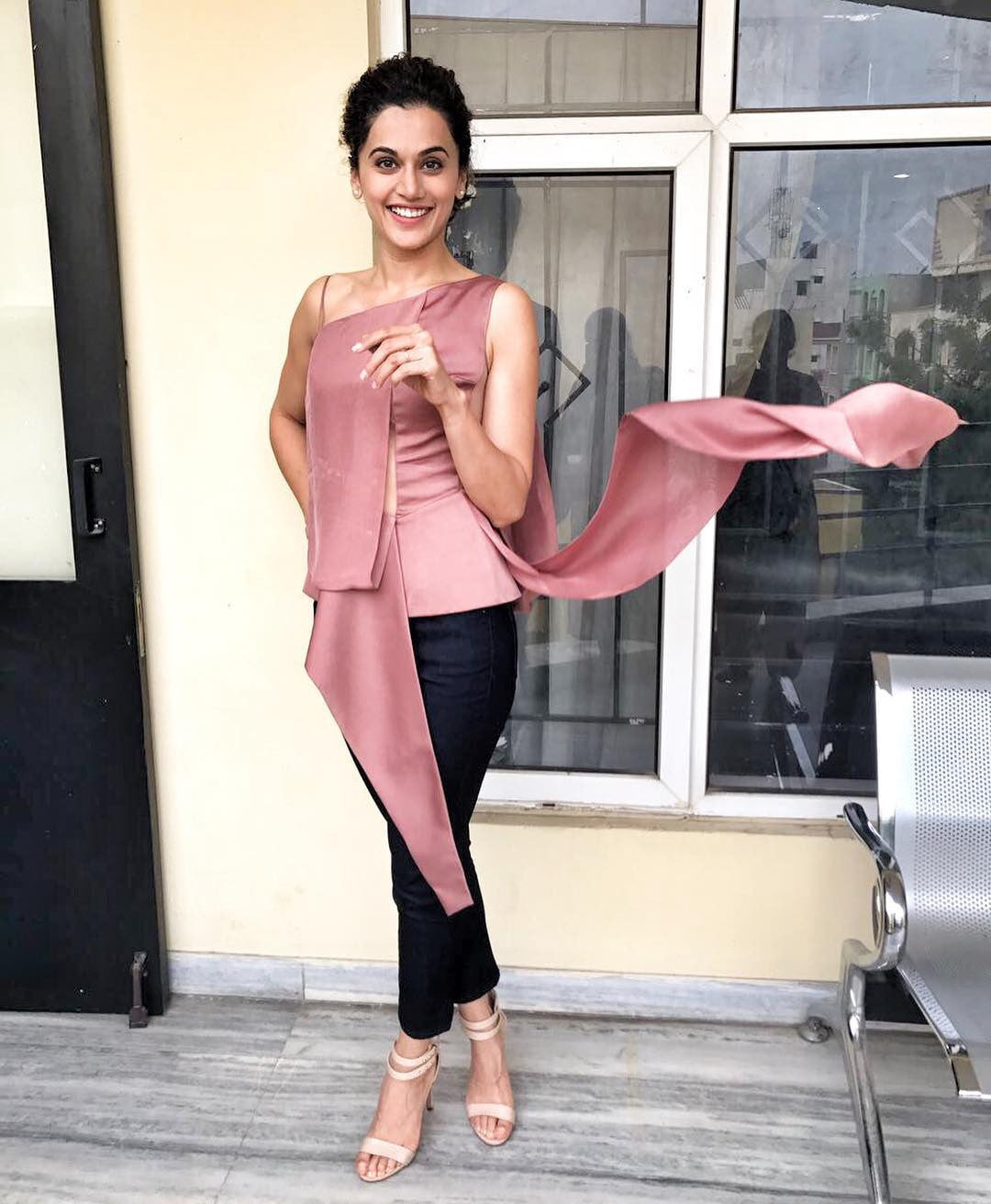 Taapsee Pannu Looked Fabulous At A Promotional Event