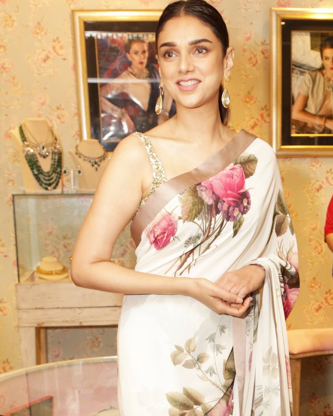 Aditi Rao Hydari Looked Traditional in Floral Print Sabyasachi Saree