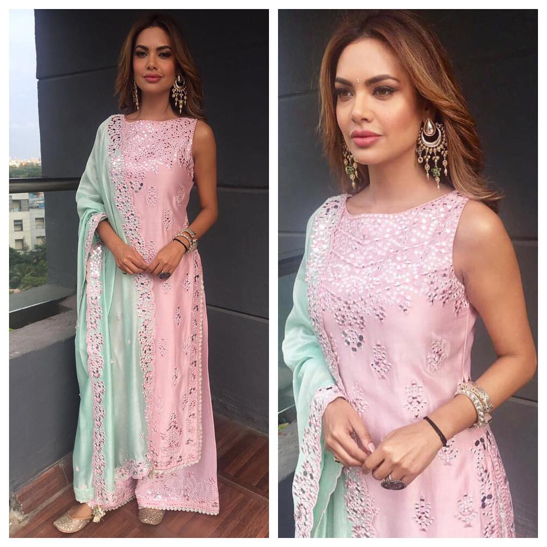 Esha Gupta Looked Like The Ultimate Desi Queen