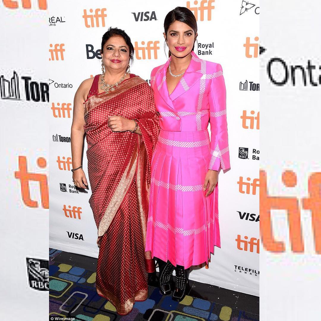 Priyanka Chopra Once Again Impressed Everyone With Her Outstanding Pretty Pink Look