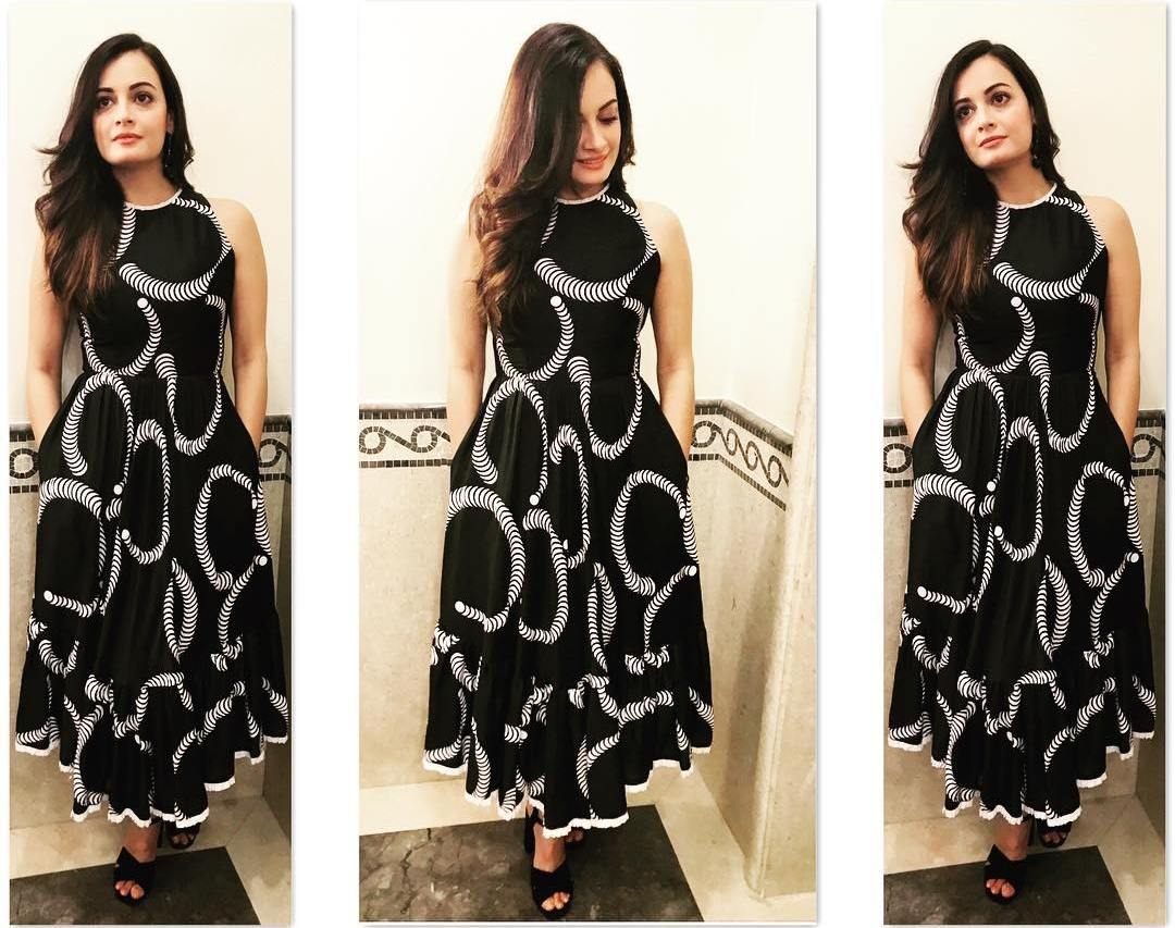 We Could Wear Dia Mirza's Beautiful Printed Monochrome Dress This Season