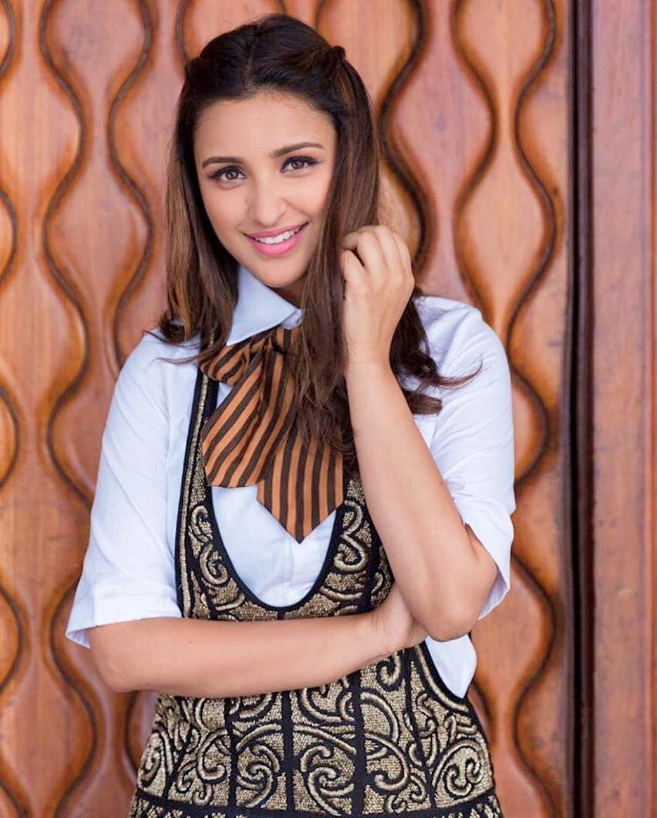 Parineeti Chopra Show Us How To Wear Over-Sized Shirt Dress In Glam Style