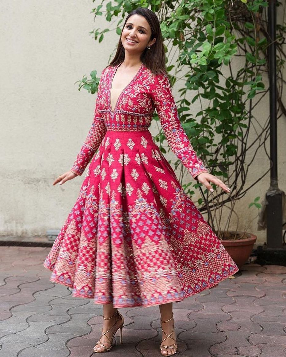 We Could Wear Parineeti Chopra's Awesome Promotion Look This Festive Season