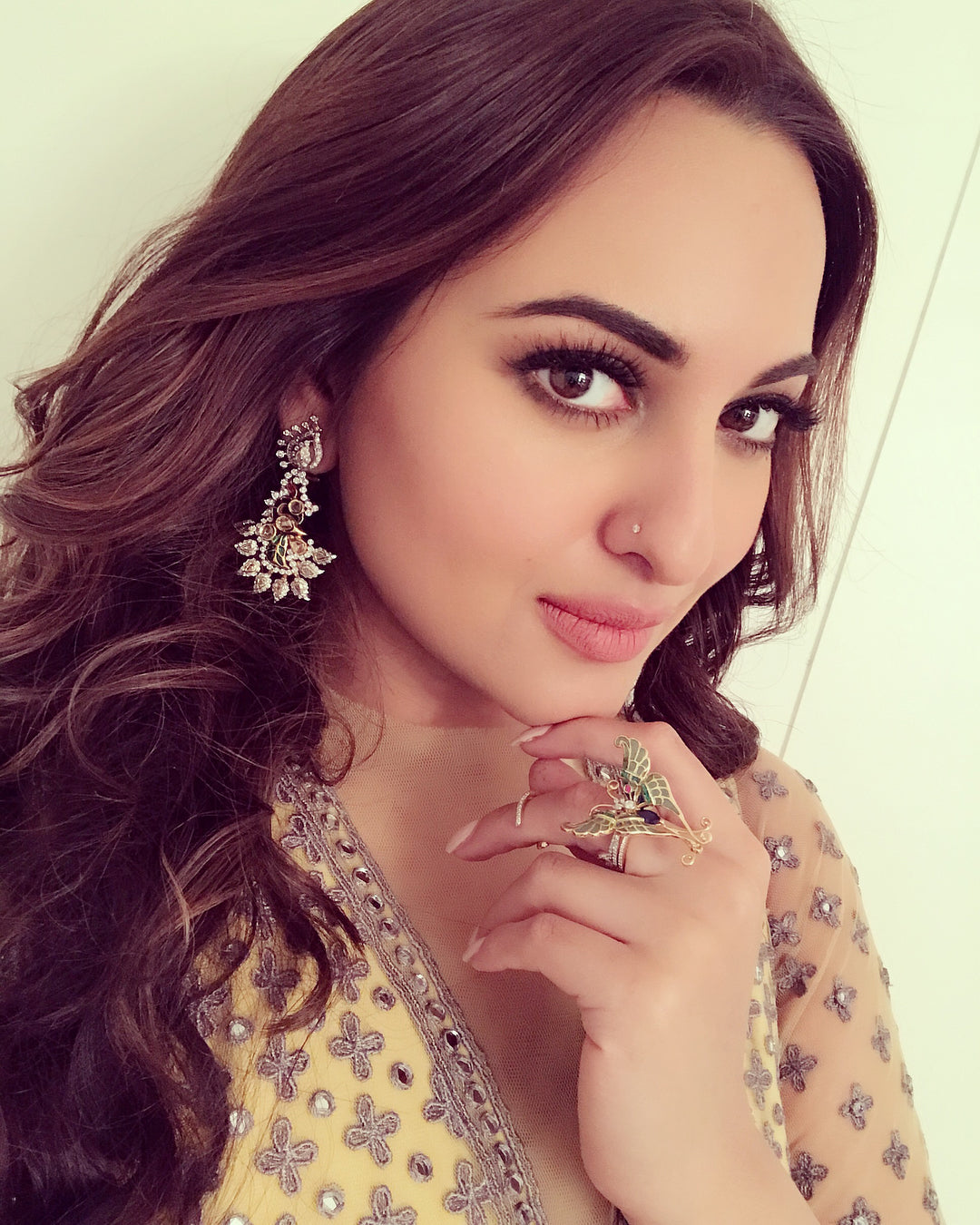 Sonakshi Sinha's Look Wows In Falguni and Shane Peacock Anarkali Suit