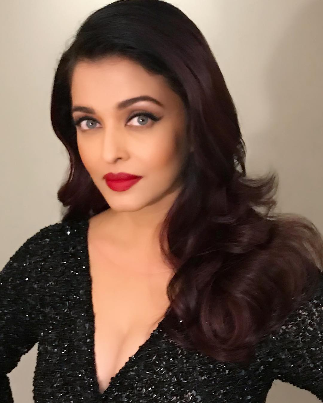aishwarya rai at nykaa femina beauty awards 2018