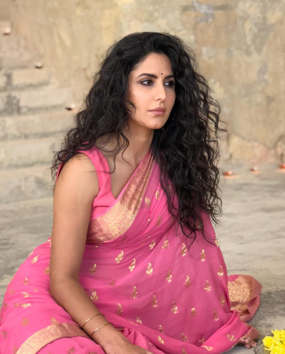 Once Again Katrina Kaif Prove That She is the SAREE Queen of Bollywood