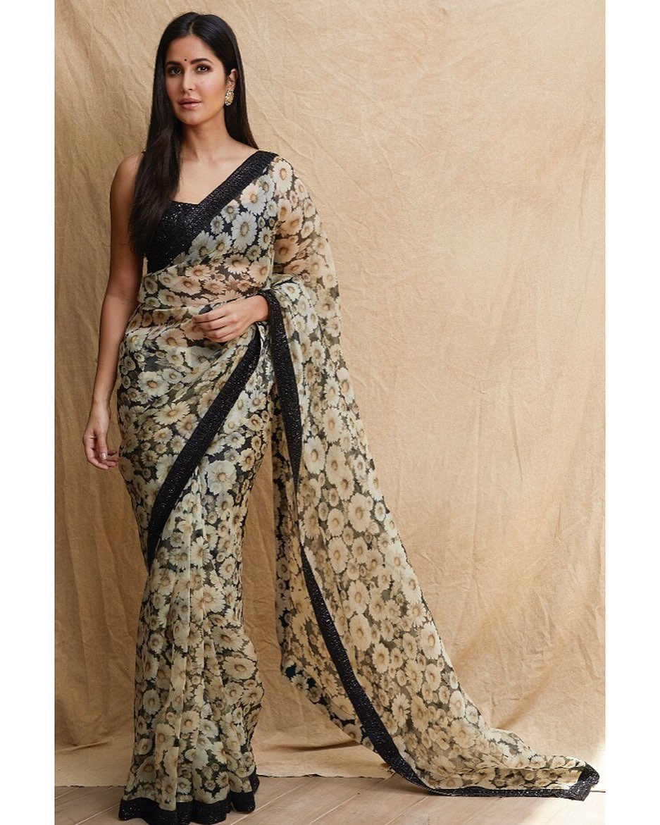 katrina-kaif-in-sunflower-printed-saree