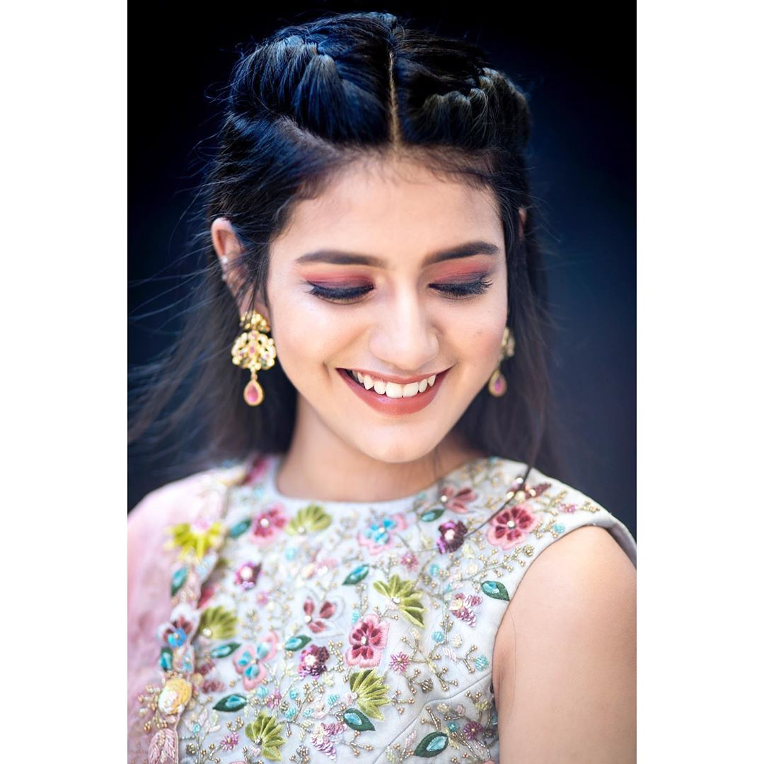 Priya Prakash Varrier's ethnic look in latest Instagram pic is breaking the internet