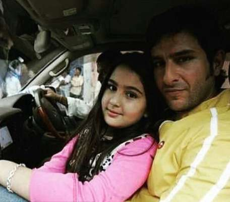 sara-ali-khan-with-her-father-saif-ali-khan