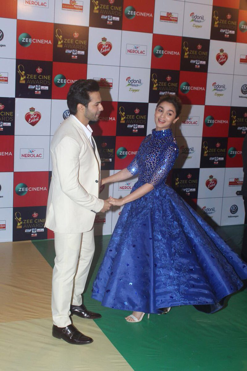Alia Bhatt Just Gave Us The Perfect Red Carpet Look At Zee Cine Awards 2018