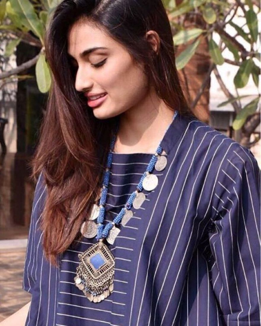 Wow! Athiya Shetty Just Demoed The Chicest Way To Style With A Kurta And Pant