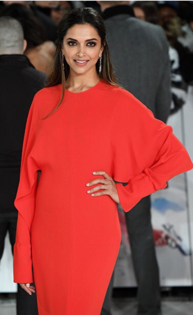 Deepika-padukon-in-red-Stella-McCartney-gown